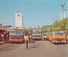 Photo by Siam Purwanto Old Pictures, Old Photos, Toyota Dyna, Luxury Bus, Yogyakarta, Lombok, Founding Fathers, Historical Pictures, Terminal