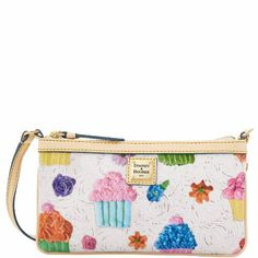 Dooney & Bourke Novelty Cupcake Wristlet White - http://handbagscouture.net/brands/dooney-bourke/dooney-bourke-novelty-cupcake-wristlet-white/