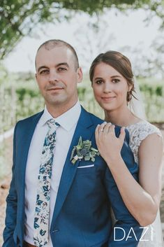 Find the perfect wedding ties. Your Groom and Groomsmen will thank you! Find the perfect wedding ties. Your Groom and Groomsmen will thank you! Dream Wedding, Wedding Day, Perfect Wedding, Wedding Reception, Wedding Picture Poses, Wedding Pictures, Groom Poses, Groomsmen Poses, Wedding Photography Styles