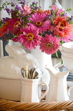 Zinnias and white make the easiest summery display. I'll show you how.