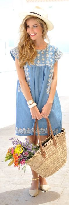 Embroidered Denim Dress by Te Cuento Mis Trucos.