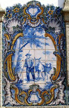 Portuguese Culture, Portuguese Tiles, Hand Painted Plates, Hand Painted Ceramics, Tile Murals, Tile Art, Glazed Ceramic Tile, Blue Pottery, Blue Tiles