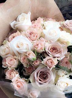 Flower Bouquet For Girlfriend Valentine's Day Pink Roses bouquet for girlfriend Flower Bouquet For Girlfriend Valentine's Day Pink Roses Luxury Flowers, My Flower, Fresh Flowers, Beautiful Flowers, Gift Flowers, Rose Bouquet Valentines, Pink Rose Bouquet, Flower Bouquets, Bridal Bouquets