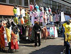 Petticoat Lane Market, London - © SideLong