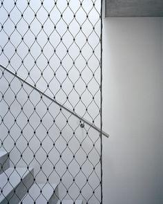 rail screen + diffuse activity / Personeni Raffaele Schärer Architectes / Apartment building in Chailly