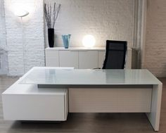 Modi executive desks, meeting tables and coffee tables are now all available in extra clear white pa. Executive Office Furniture, Office Furniture Design, Office Interior Design, Office Interiors, Modern Executive Desk, White Office Furniture, Office Designs, Office Table And Chairs, Modern Office Table