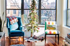 "Refinery29 x Apartment Therapy Go ""Home for the Holidays"" on Instagram"