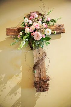 Wood wedding cross with pink & white flowers, greenery & grape vine Funeral Floral Arrangements, Flower Arrangements, Cemetary Decorations, Cross Wreath, Memorial Flowers, Cemetery Flowers, Cross Crafts, Crosses Decor, Easter Flowers
