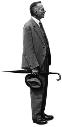 Robert Walser  --Robert Walser era um escritor suíço de língua alemã. Walser é entendido como sendo o elo perdido entre Kleist e Kafka. Wikipedia