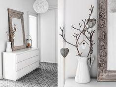 Una casa en color gris. Nuestra amiga Inesitta nos enseña una preciosa casa en color gris con detalles que la hacen única. ¡Nos encanta!