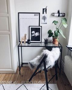 Home Office Design, Home Office Decor, Office Ideas, Office Setup, Decoration Ikea, White Office, Home Office Furniture, Furniture Dolly, Minimalist Home