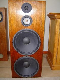 "Quarter Wavelength Loudspeaker Design Gallery 2 x Eminence Alpha 15A's, 5 1/2 "" Seas Excel, and a Scanspeak Revelator on an OB"