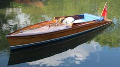"""""""BRIGHT AMBER"""" 25ft Slipper Stern Launch built 1997 by Peter Freebody & Co"""