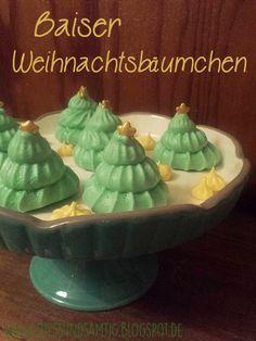 Die Weihnachtszeit steht vor der Tür! Wie ihr leckere und dekorative Tannenbaum-Baisers herstellt, erfahrt ihr hier bei mir!