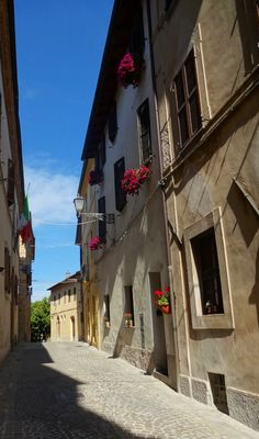 Old cobbled streets of San Ginesio