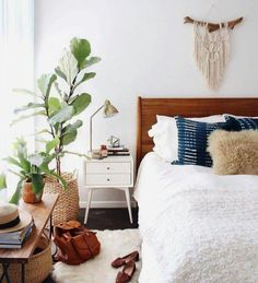 Boho Mid Century Bedroom Decor - 25 Awesome Midcentury Bedroom Design Ideas With Images Home Bedroom Boho Mid Century Modern Masculine Eclectic Home Dream Home Ideas Mid Century Boho . Bohemian Bedroom Decor, Home Decor Bedroom, Master Bedroom, Bedroom Plants, Bohemian Interior, Airy Bedroom, Bohemian Room, Bedroom Inspo, Boho Decor