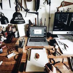 Love @1924us's workspace. What does your workspace look like? • • #beards #adventure #work #wednesday #hustle #workspace #office #photography #beard #beardbrand #urbanbeardsman #workday