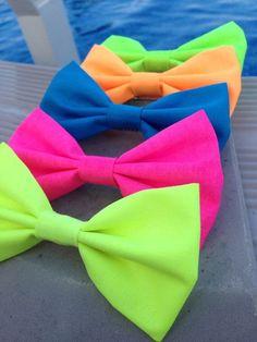 Neon bows!¡