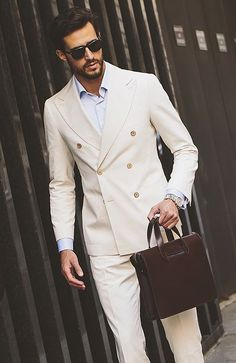 Double Breasted Mens Suits Beige 2017 Groomsmen Wedding Dinner Party Suits for men Handsome Groomsman Tuxedos suit (Jacket+Pant) The Suits, Mens Suits, Costume Blanc, Mode Costume, Oversized Sweater Outfit, Sweater Outfits, Preppy Fall Outfits, Casual Outfits, Terno Slim Fit