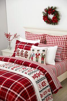 Luxury Home Decor, Fall Home Decor, Autumn Home, Home Decor Bedroom, Christmas Bedding, Christmas Interiors, Martha Stewart Home, Flannel Duvet Cover, Plaid Bedding