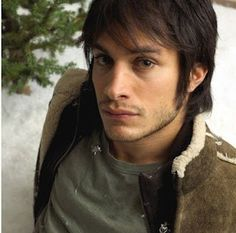 This. Man. Is. Perfect. Gael Garcia Bernal