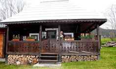 European House, Good House, Traditional House, Gazebo, Shed, Cottage, Outdoor Structures, House Styles, Places