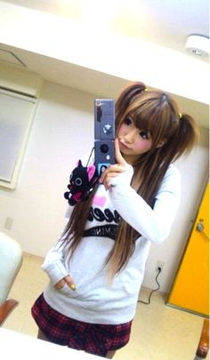 asian-cute-girl-gyaru-hikari-shiina-Favim.com-273136_large.jpg (349×600)