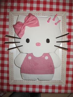 "Torta ""Hello Kitty"" rivestita con pdz"
