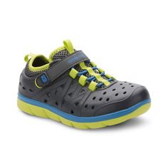 1d29c3549bce Stride Rite Made 2 Play Phibian Boys  Water Shoes