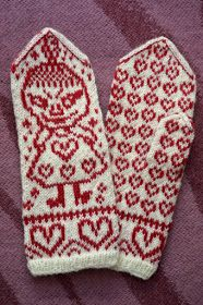 Helmikuussa on kyllä kudottu, vaikka päivittämään en ole ehtinytkään. Päivät ovat olleet aika kiireisiä niin töissä kuin omassakin elämässä... Knitted Mittens Pattern, Knitting Socks, Free Knitting, Knitting Patterns, Little My Moomin, Norwegian Knitting, Wrist Warmers, Knit Crochet, Hardanger