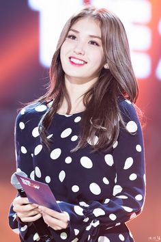 Find images and videos about JYP, ioi and somi on We Heart It - the app to get lost in what you love. Kpop Girl Groups, Kpop Girls, Asian Woman, Asian Girl, Kim Doyeon, Jeon Somi, Jung Chaeyeon, Kpop Outfits, Celebs
