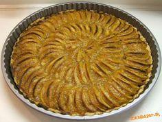 Tenký, krehký jablkový koláč, vraj francúzsky hit.  Toto krehké cesto je bez cukru. Výhoda takého... Russian Recipes, Apple Pie, Tart, Cake Recipes, Food And Drink, Sweets, Vegan, Cakes, Brownies
