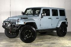 2013 Jeep Wrangler Unlimited Conversion by Starwood Custom