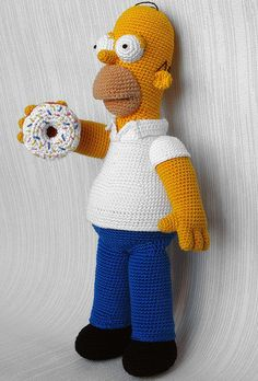 Little button owl Amigurumi tree - free pattern Homer Simpson Crochet Toy Amigurumi Strawberry . Crochet Toys Patterns, Amigurumi Patterns, Stuffed Toys Patterns, Amigurumi Doll, Crochet Dolls, Love Crochet, Crochet Gifts, Crochet Baby, Knit Crochet