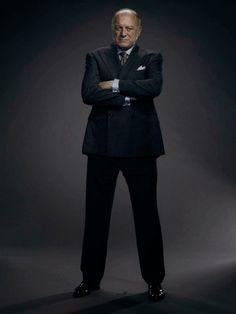 John Doman Is Carmine Falcone In Season 1 Gotham Show, Gotham Tv Series, Gotham Cast, Gotham Characters, Comic Villains, Batman Show, Batman Vs Superman, Batman Art, John Doman