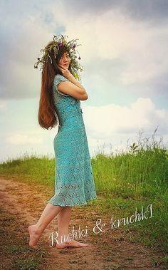`Бегущая по волнам` Платье крючком из мерсеризованного хлопк. Элегантное и нежное платье 'Бегущая по волнам' связано из 100% египетского мерсеризованного длинноволокнистого  хлопка.