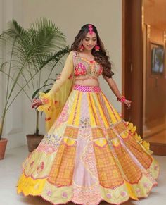 Presenting you latest Haldi Outfit ideas for Bride. From yellow haldi outfit to designer haldi outfit, we have got variety dresses. #shaadisaga #indianwedding #haldioutfitforbride #haldioutfitforbridelatest #haldioutfitforbrideunique #haldioutfitforbrideyellow #haldioutfitforbridesimple #haldioutfitforbridebest #haldioutfitforbridewhite #haldioutfitforbridesaree #haldioutfitforbridetrendy #haldilehenga #haldilehengayellow #haldilehengaforbride #haldilehengasimple #haldilehengadesigns #lehenga Orange Lehenga, Pink Lehenga, Bridal Lehenga, Floral Lehenga, Top Wedding Trends, Simple Sarees, Haldi Ceremony, Lehenga Designs, Mehendi
