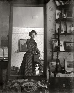 A selfie in 1900