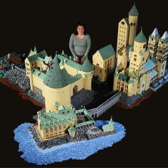 Mom Creates Must-See LEGO Hogwarts
