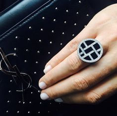 Megan Gale wears the Metropolis woven diamond and onyx gemstone ring to Derby Day 2014.
