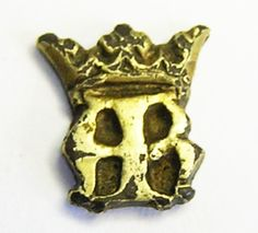 Very rare silver gilt bezel, early 16th century. Anne Boleyn initial's A.B. crown above. Likely the bezel from a ring, worn by her ladies in waiting or retainers. c. 1530 AD. SOLD. www.ancient-jewellery.com