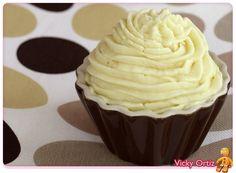 Ganaché de chocolate blanco. Decoración de cupcakes.   Sucre Art