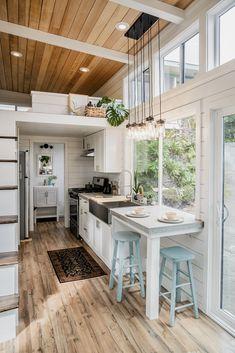 Tiny House Loft, Tiny House Living, Tiny House Plans, Tiny House Design, Best Tiny House, Modern Tiny House, Tiny House Company, Tiny House Builders, Galley Style Kitchen