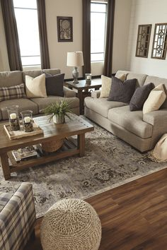 Cozy all white living room decor. - Cozy all white living room decor. Cozy Living Rooms, Living Room Kitchen, Living Room Interior, Home And Living, Small Living, Taupe Living Room, How To Decorate Living Room, Rustic Living Room Furniture, Apartment Living