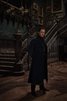 Quint talks one on one with CRIMSON PEAK's Tom Hiddleston! - Ain't It Cool News: The best in movie, TV, DVD, and comic book news.