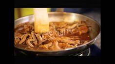 ARJUNA (Ala Resep Juna) Episode 99 tanggal tayang 3/8/2014  Bintang Tamu : Nola B3  Menu : Pangsit Grisano dan Sago't Golaman  Arjuna YouTube Channel https://www.youtube.com/channel/UCE74k3Bx70Ta70zbyDNI8Ow #GlobalTV #GlobalTVIndonesia