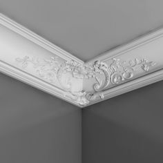 C338B Baroque style cornice