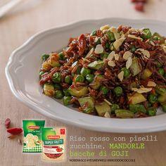 riso rosso con piselli, zucchine, mandorle e goji @valefatina