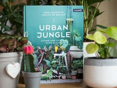 Review: Urban Jungle - Living And Styling With Plants by @debbieschrijft