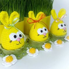 Easter Egg Crafts, Bunny Crafts, Easter Gift For Adults, Knitted Bunnies, Easter Presents, Diy Y Manualidades, Easter Crochet Patterns, Crochet Dolls, Diy And Crafts